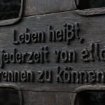 Inschrift Grabkreuz