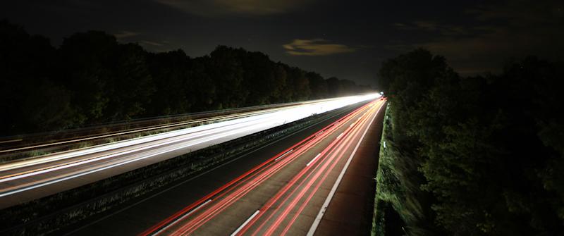 Über der Autobahn